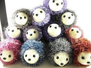 Simple crochet hedgehog pattern