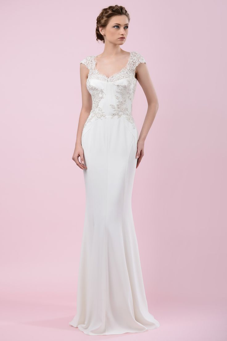W16 4453 | Available at Pearl Bridal House