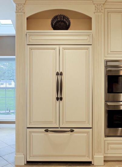 Fridge that looks like Cabinets....Love!  Traditional Fridge Refridgerator Design, Pictures, Remodel, Decor and Ideas