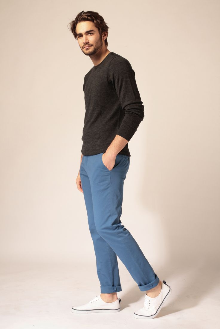 Pantalon Bleu Électrique