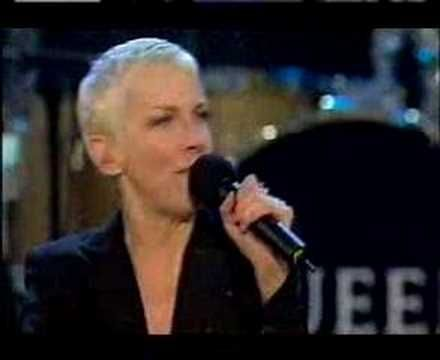 Annie Lennox - Why - Live  Incredible artist - LOVE her!
