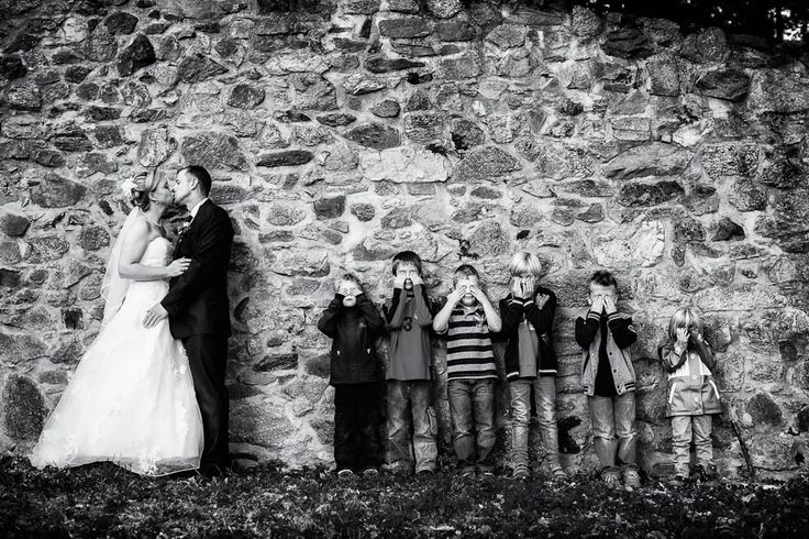 wedding photography by Andreas Pollok  Cute pose with flower girl and ring bearer