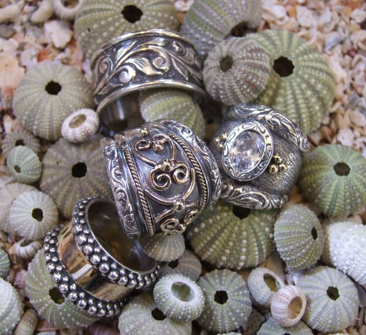 Chunky handmade rings, sterling silver and 9ct gold - Susan Roos Juwele