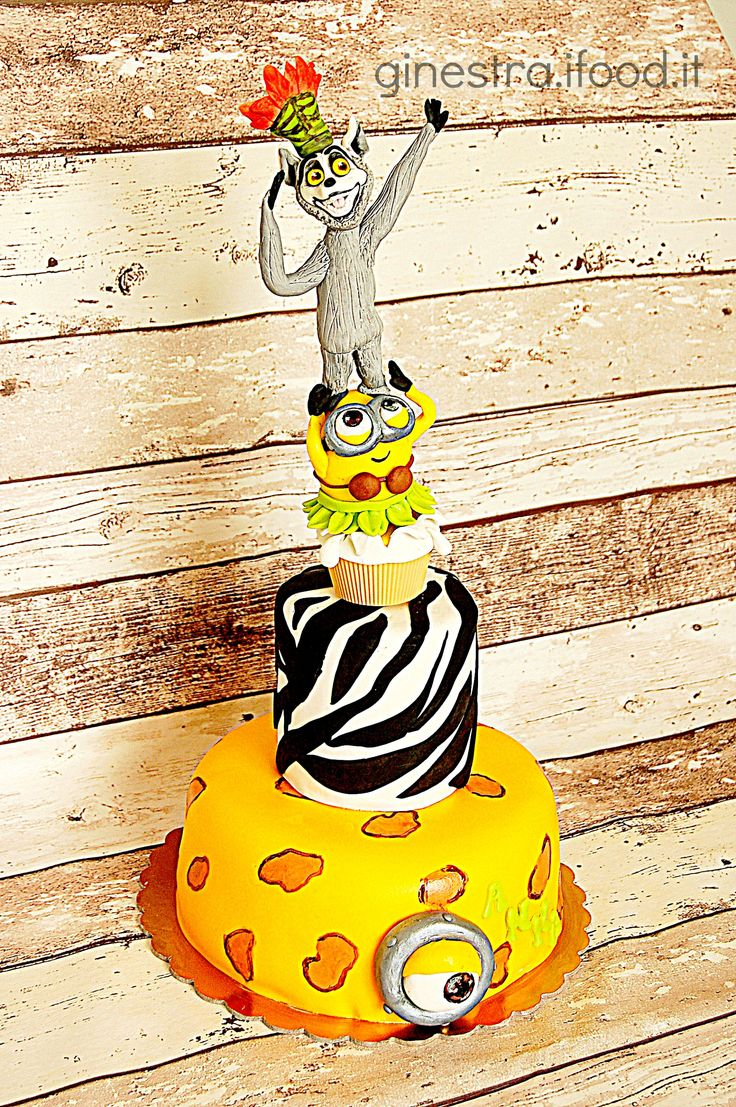 torta minions re julien madagascar