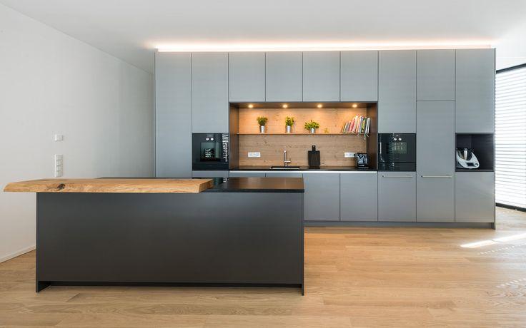 Loftküche in grau