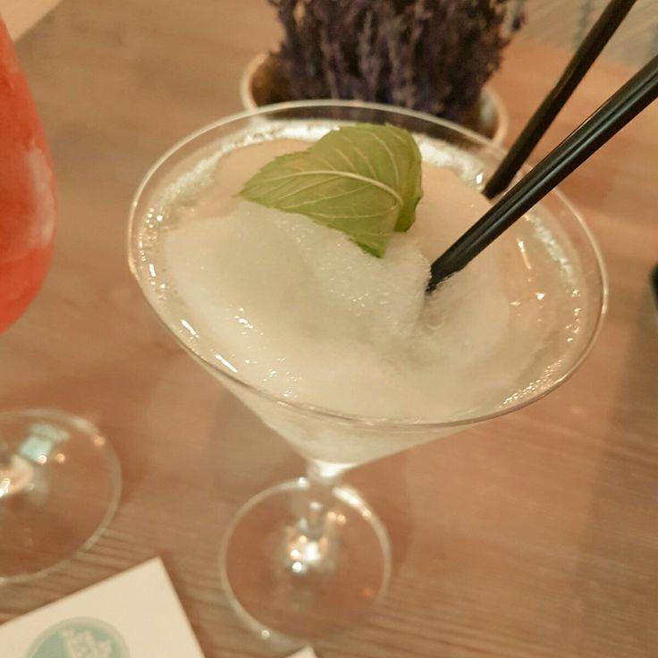 #cenandoconangela hoy afterwork en @fanfanmadrid... coctel con receta secreta!! #restaurantesdemadrid #restaurantesmadrid
