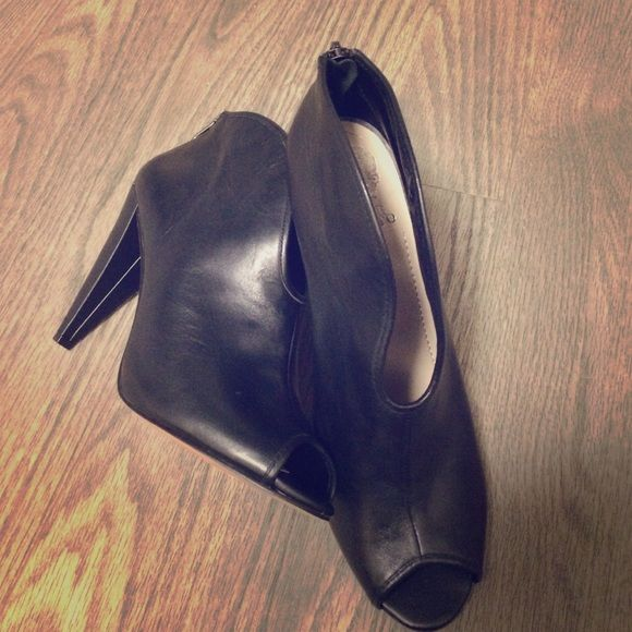 Vince Camuto black ankle boot heels Brand new! Never worn. Still in original box. Super cute black ankle boot heels from Vince Camuto. Vince Camuto Shoes Ankle Boots & Booties
