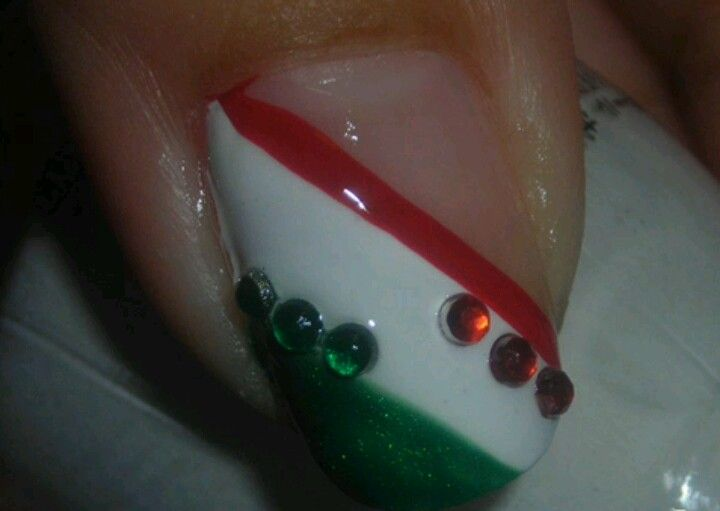 19 best uñas septiembre images on Pinterest | Mexican nails ...