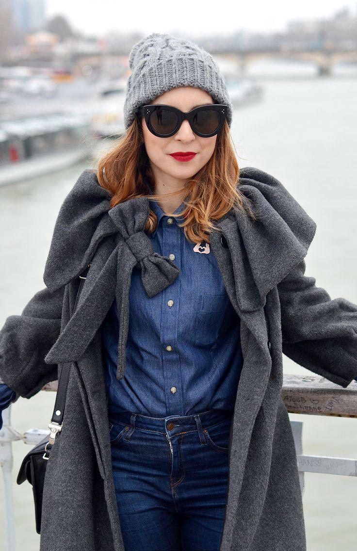 "http://www.helloitsvalentine.fr/0232170/in-this-shirt/ - Céline ""CATY"" Sunglasses"
