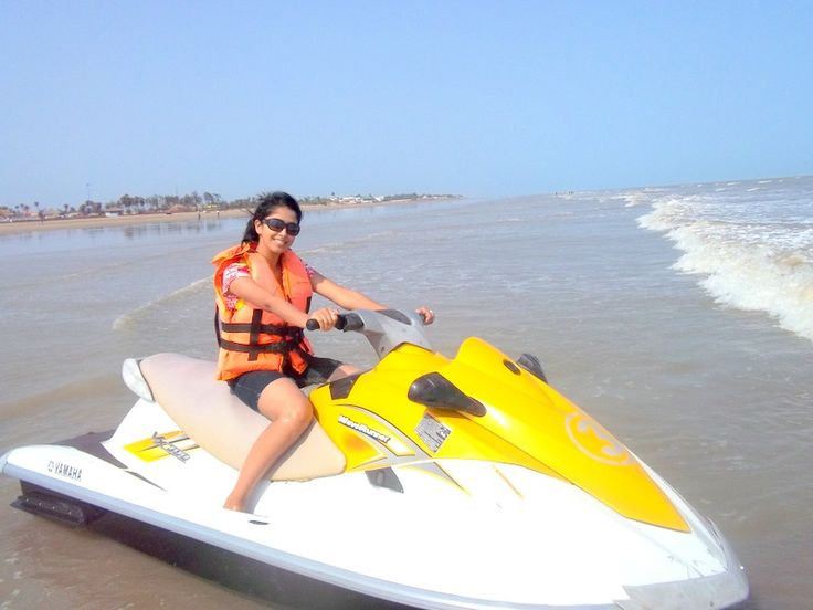 If you make plan for mandarmani than also watch other nearest beach town like: DIgha, shankarpur other than these you can watch marine aquarium and Chandreseswar temple other main attractions: http://calypsohotelmandarmani.blogspot.in/2016/02/digha-nearest-sea-beach-town-from.html