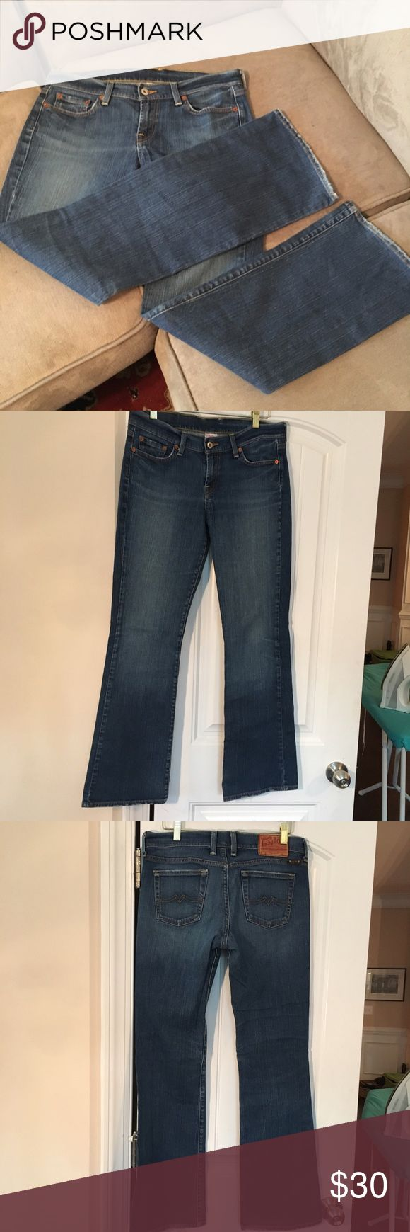 """Lucky Brand 🍀 jeans Sweet N Low sz 28 Lucky Brand 🍀 Dungarees women's jeans. EUC style Sweet N' Low, size 28, inseam 31"""" Lucky Brand Jeans Boot Cut"""