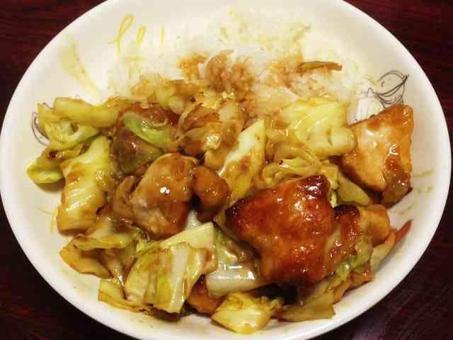 簡単!鶏とキャベツの中華炒めの画像