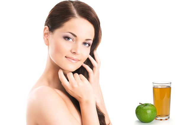 12 Incredible Ways To Get Gorgeous #Skin & #Hair With Apples  #megha #shop #Makes #you #look #younger