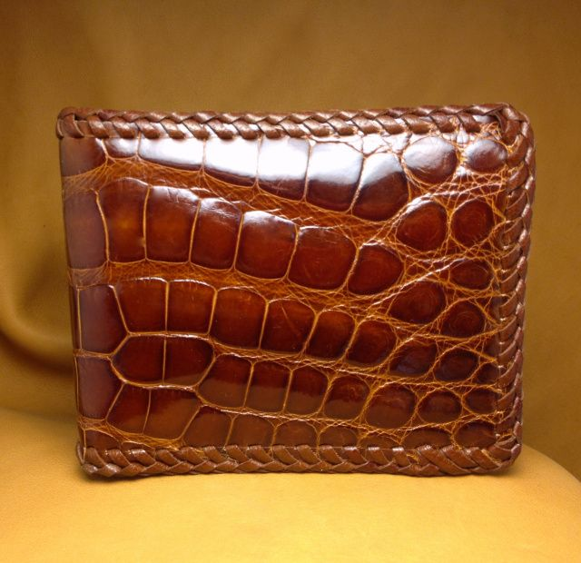 9 Stylish And Trendy Alligator Wallets For Mens Styles