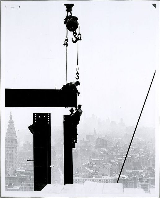 Workers on the Empire State building, 1931 By Lewis Hine