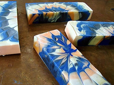teachsoap.com Wow how do they get it that way? Gorgeous!