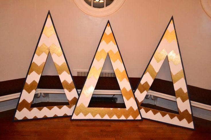 gold & white chevron with navy border!