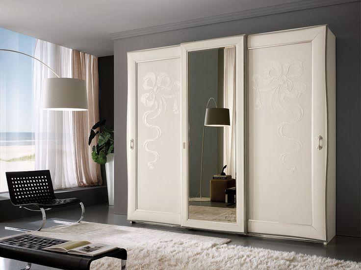 Regina di Fiorni, Camere moderne mobili contemporanei, arredamenti su misura FerrettieFerretti