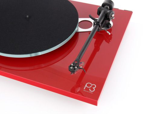 Hi All, At the Bristol HiFi Show this weekend Rega announced red versions of the excellent Planar 2 and Planer 3 turntables and I have to say that they look gorgeous, also look closely to the Planar 3...