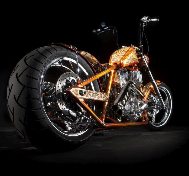 West Coast Choppers Jesse James | Biker Corrotxano