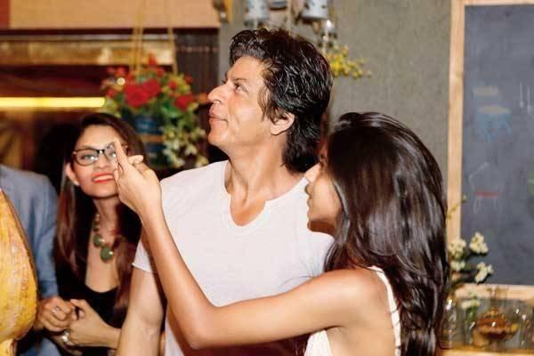 Shah Rukh Khan and his daughter Suhana | Shahrukh Khan and ...