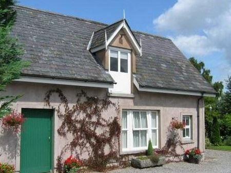Moss Cottage, Bunclody, Co Wexford (Sleeps 6) Self Catering Holiday Accommodation in Ireland. Treat Yourself – Luxury – Travel – Walking - Golf - Cycling