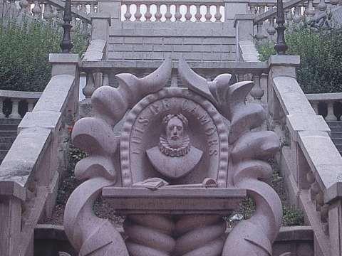 Monumento em homenagem ao poeta Luís Vaz de Camões, Paris