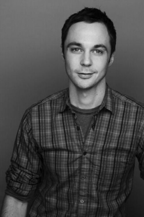 Jim Parsons. His character Sheldon's intelligence & quirkiness make him attractive to me. Plus, he just looks plain handsome in this pic.
