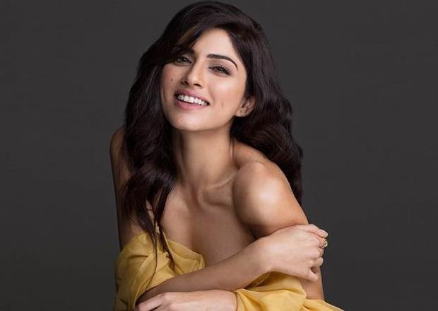 Toli Prema Actress Invites Varun Tej In Her Home