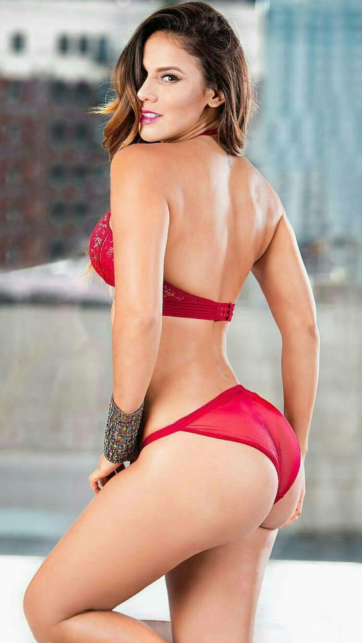 43 Best Andrea Espada Images On Pinterest  Curves, Selena -2528