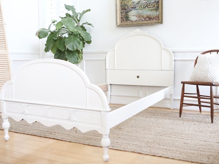 Huntley Furniture Twin Bed Shabby Chic French Provincial Vintage Bed Frame 253 - ShopGoldenPineapple