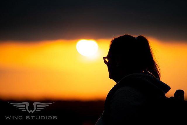 A silhouette of my beautiful assistant and partner in crime! #silhouettes #sunsut #portrait #ygkmodel #ottawamodel #torontomodel #hike #ygk #ygkphotographer #ygkbusiness #photography #photographer #kingston #ontario #canada #wingstudios #toronto #ottawa