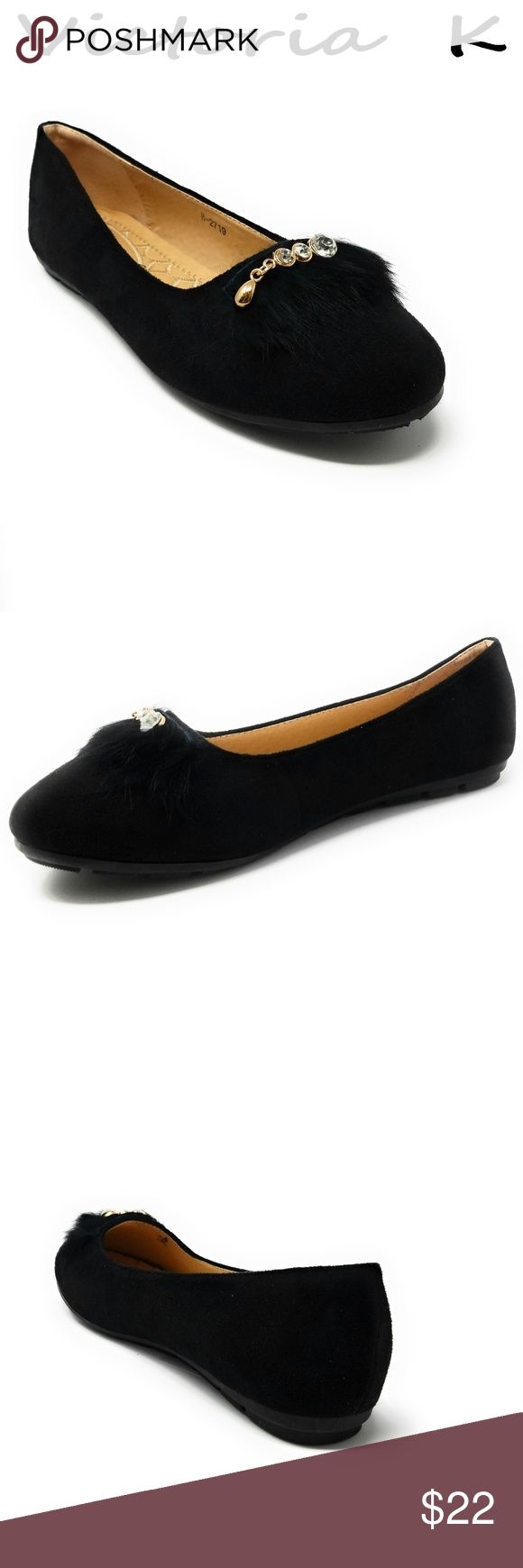 """Feather Embellished Buckle Flats, B-2719, Black Brand new beautiful women flats with a feather embellished, crystal studded buckle. Diligently crafted from glossy faux leather upper with extra soft insoles and a textured rubberized outer sole for traction.  Measurements: sizes 6 through 8 are true to size. Sizes 8.5 - 11 run small. Standard 3 """" width. Size 8 measures 9.5 inches, sz 8.5 - 9 3/4"""", sz 9 - 10"""", sz 10 - 10.5"""", size 11 fits a true size 9.5 wearer. Slip it on and make a true…"""