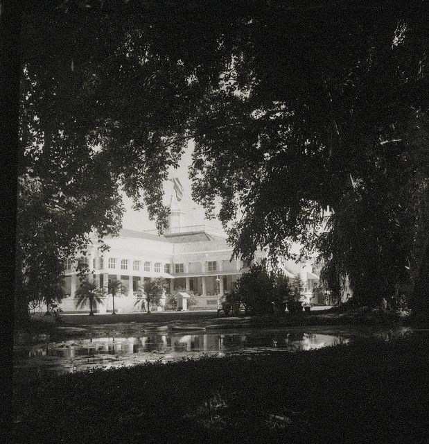 Governor general's residence in Buitenzorg  Cheng Ho Expedition 1939-1940, Photo by David Fairchild.