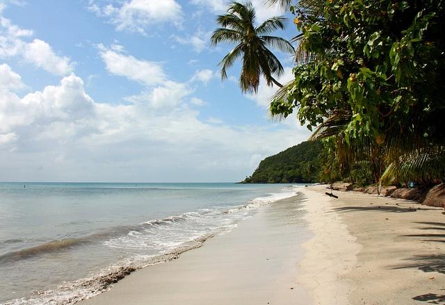 Beautiful beach - Isla de Providencia, Colombia ... by Zé Eduardo..., via Flickr