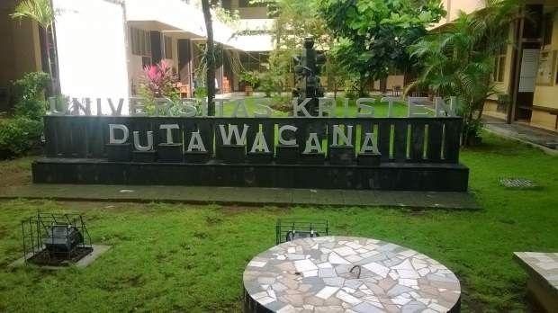 Mahasiswa Fakultas Bioteknologi UKDW Ajak Warga Peduli Lingkungan