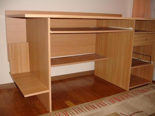 ber ideen zu pc tisch auf pinterest ecktisch tisch selber bauen und couchtisch wildeiche. Black Bedroom Furniture Sets. Home Design Ideas