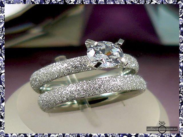 anillos de compromiso gamer en Quintana Roo México y argollas matrimoniales https://www.webselitemx.com/anillos-de-compromiso-quintana-roo-m%C3%A9xico/