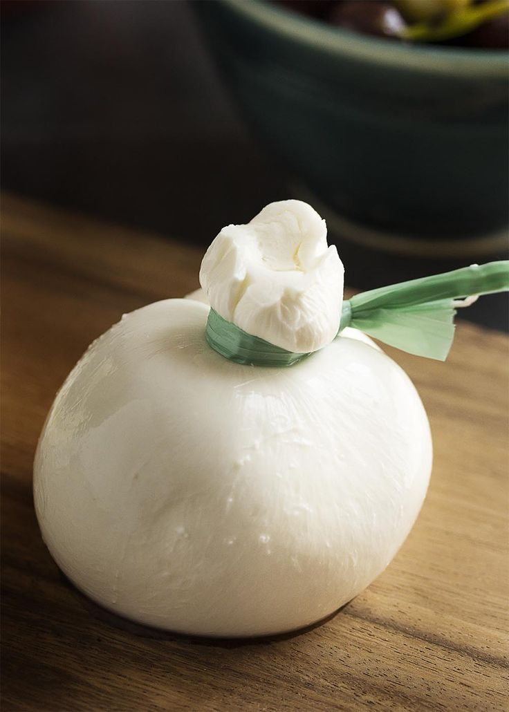 What is burrata? How do you cook burrata? These questions and more answered in this ingredient spotlight on burrata cheese. | justalittlebitofbacon.com