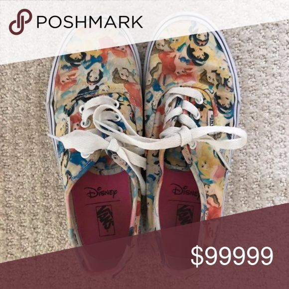 Coming soon in @lenstore Very hard to find. Pretty good shape, just slight fading. Kids size 3/ women's size 5 Vans Shoes Sneakers