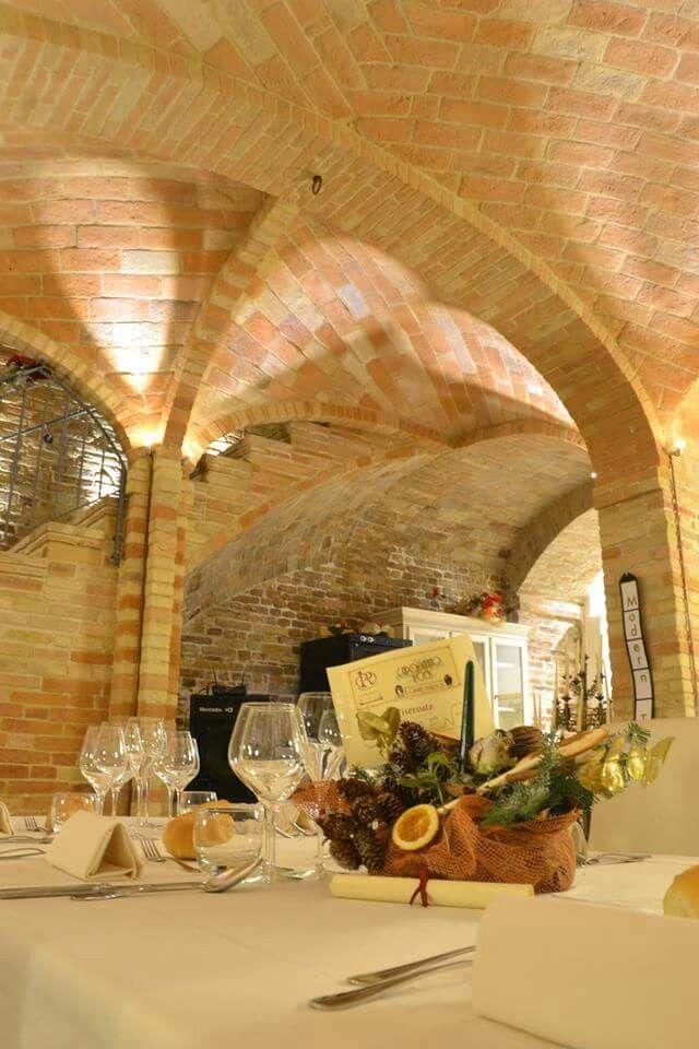 """Palazzo Riccucci Resort Montappone (FM) in collaborazione con La Vie En Rouge Eventi e Spettacoli Capodanno 2015  """"Le Cabaret Burlesque"""" info spettacoli lavieenrougeeventi@gmail.com"""