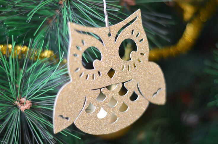Articole personalizate pentru decor, ideale pentru impodobirea bradului, Crăciun sau alte evenimente: http://pingsipong.ro/magazin-online/