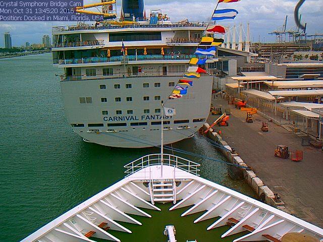 Crystal Symphony - Bridge (Forward) Webcam / Camera