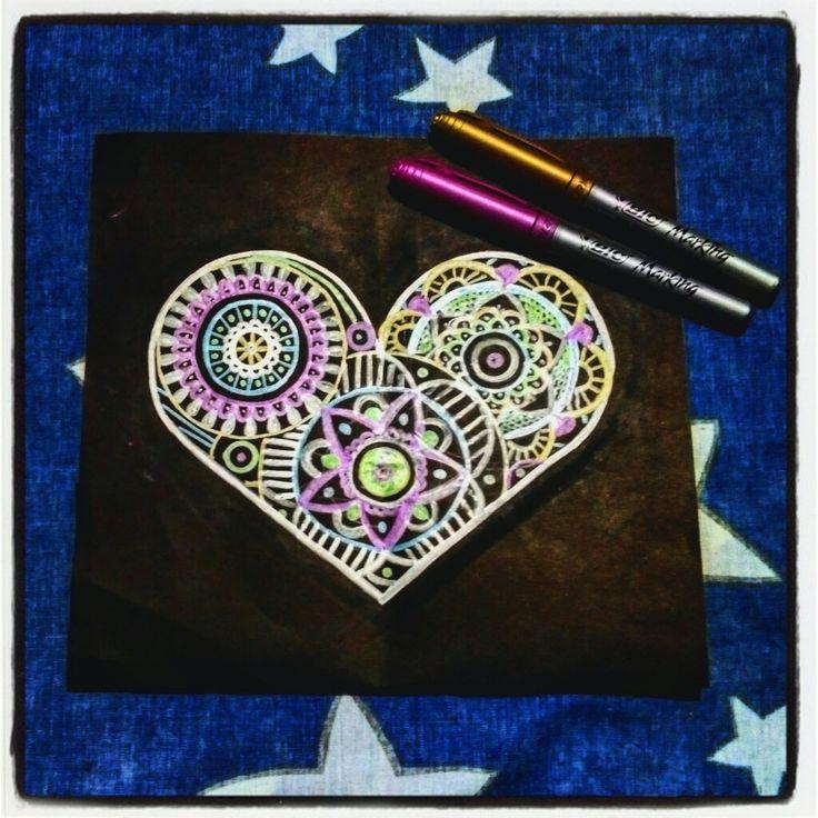 #Mándala #Zen #Corazón #ColoresMetalicos #CorazónDeMetal