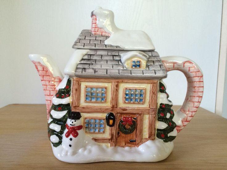 Snowy House Teapot Christmas Snowman Wreath On Door Trees Decorative #Unbranded