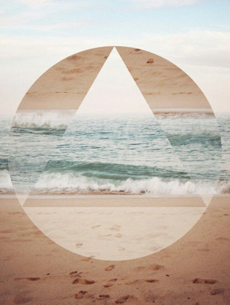 Square, triangle, circle... Love the sea.
