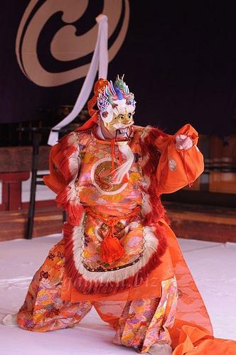 雅楽 gagaku, ancient Japanese court music and dance