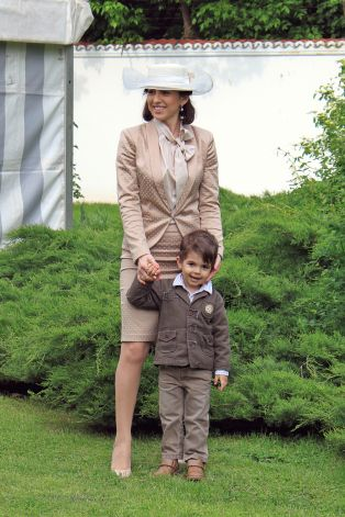 The annual Royal Garden Party held on the 10th of May at Elisabeta Palace in Bucharest bit.ly/1sk0ah0
