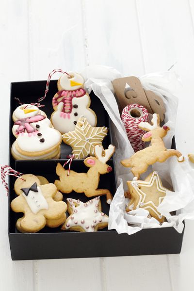 Gingerbread tree-ts    Makes: ±30 cookies, depending on size  Preparation time: 30 minutes  Baking time: 10-15 minutes  Oven temperature: 180°C