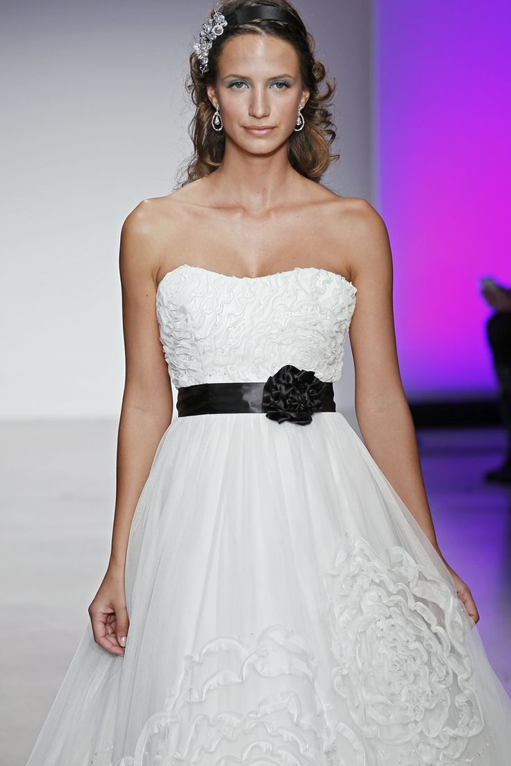 Monochrome Trend  Dress by Alfred Angelo  Available from http://www.soarvalleybrides.co.uk/